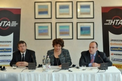 Urbán Péter (HTA elnöke), Fazilet Cinaralp (ETRMA főtitkára), Morenth Péter (ügyvezető elnök)