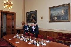 Gosztonyi Ádám (ügyvéd), Morenth Péter (HTA ügyvezető elnöke), Matej Zavrl (HTA elnöke)